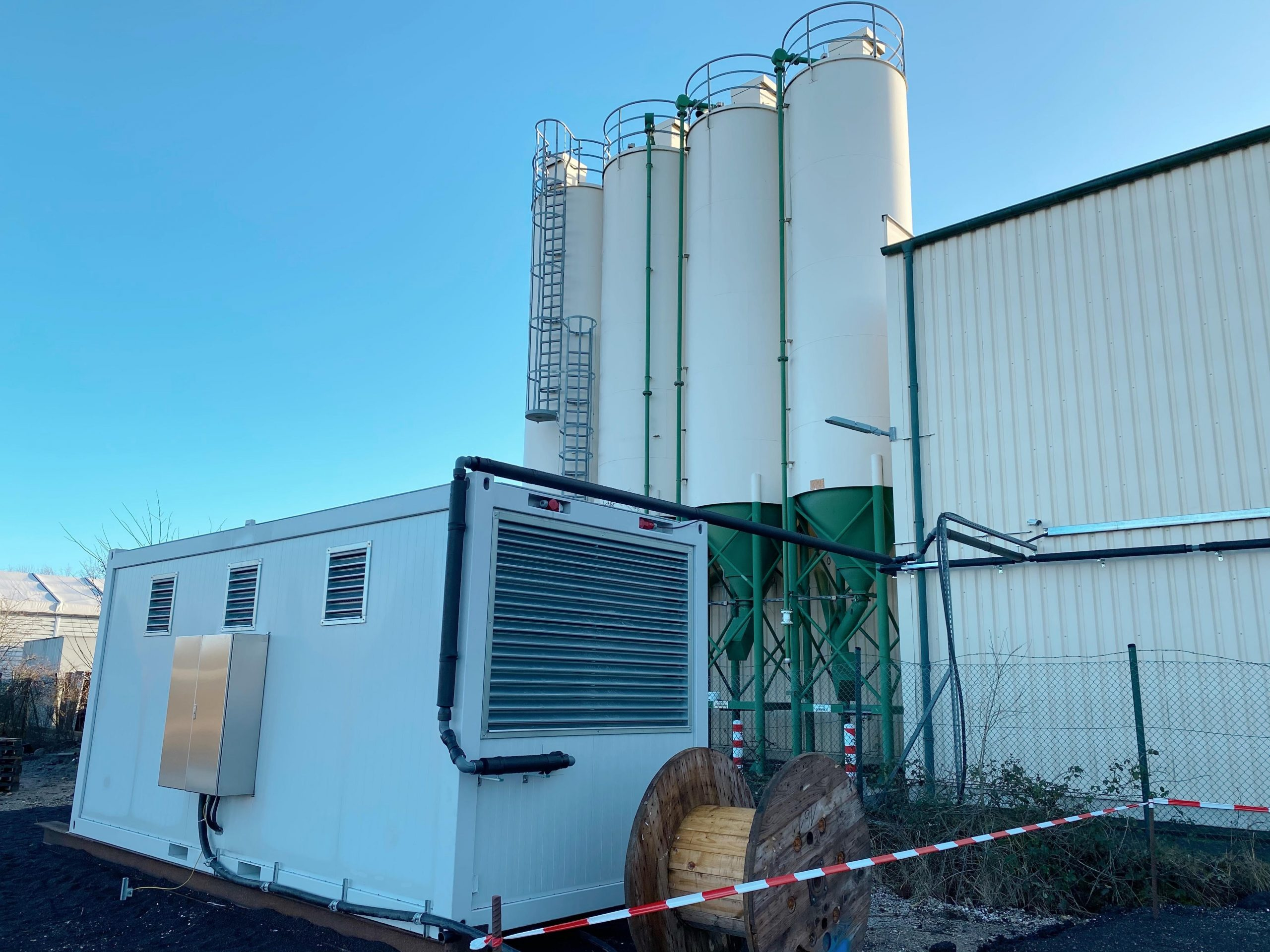 Read more about the article Aufstellung unseres Druckluftcontainers in Rheinbach